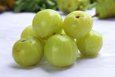 Amla has laxative properties which cures diarrhea