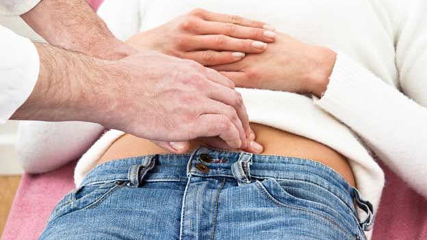 How is the ovarian cyst diagnosed