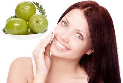Amla Juice Removes the Patches from Skin