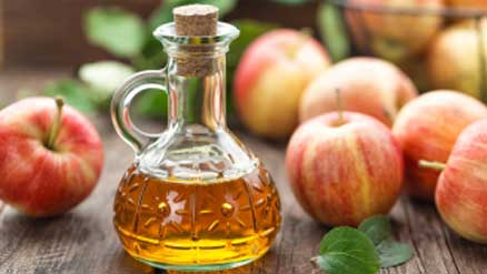 Apple Cider Vinegar also helps in lightening white spots on the skin