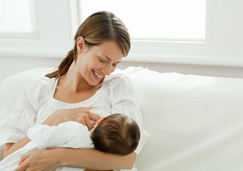 Breastfeeding Benefits and Tips