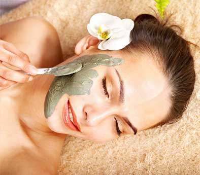 Get a lovely clear skin with neem face mask