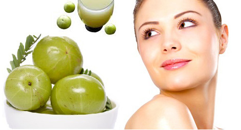 Consume Amla juice to stay Fit & Young