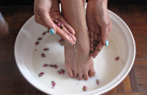 Foot spa and milk recipe