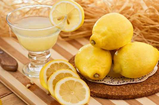 Remedies to cure Nose Bleeding: Lemon