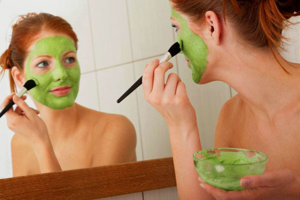 Homemade Face Masks to Brighten Your Skin