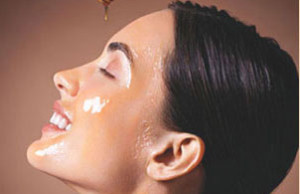 Ingredients for Smooth Skin Honey Remedy