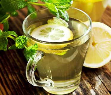 Lemon water builds up body's immunity power