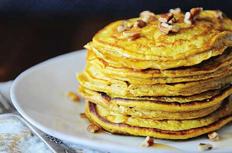 Protein Pumpkin Oatmeal Pancakes