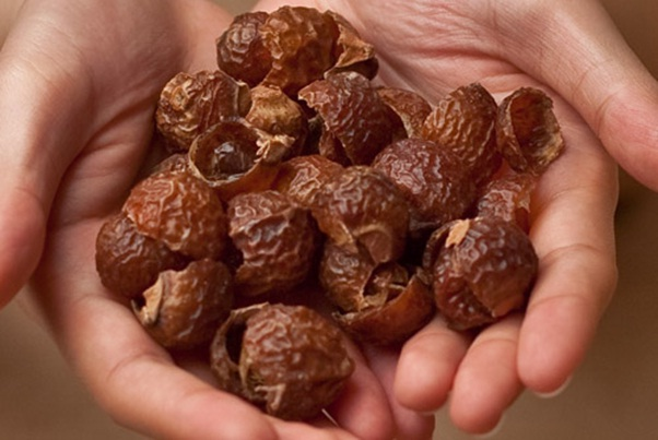How to Use Soap Nuts for Hair Care