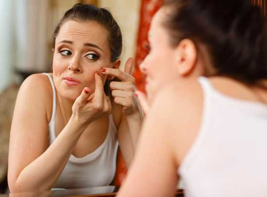 Natural Treatment of Teen Pimples and Acne