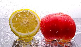 Tomato, lemon peel powder, lemon juice
