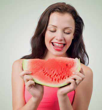 Stay Healthy and Look Beautiful with Eating Watermelon