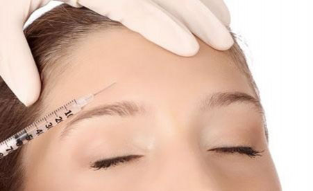 Remove Your Wrinkles Through Botox Treatment Safely