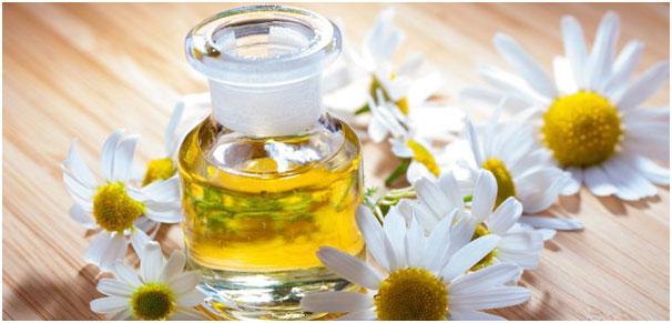 Chamomile or tea tree oil ForVaginal Wash