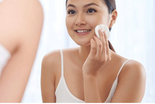 Cleanses The Skin Effectively