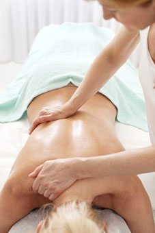 Treatments For Sciatica By Using Simple And Effective Home Remedies