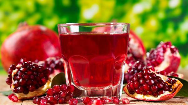 Powerful Healing Benefits of Pomegranates