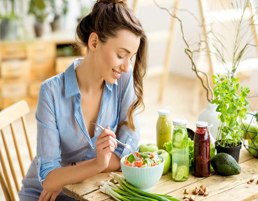Citrus Fruits - Foods To Eat During Periods