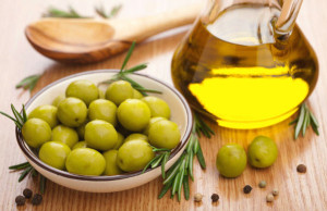 Beauty benefits of Olive oil for Skin care, Hair care