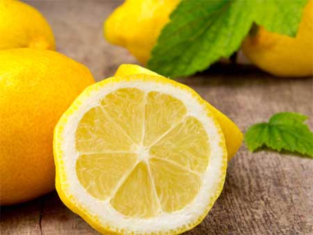 Lemon helps in bleaching the skin and brightens it naturally