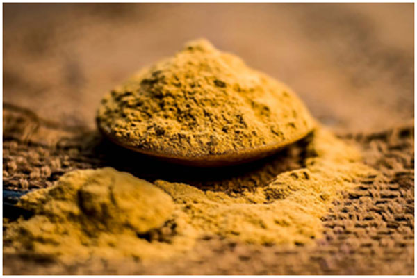 Multani mitti removes dead skin cells and keeps skin soft