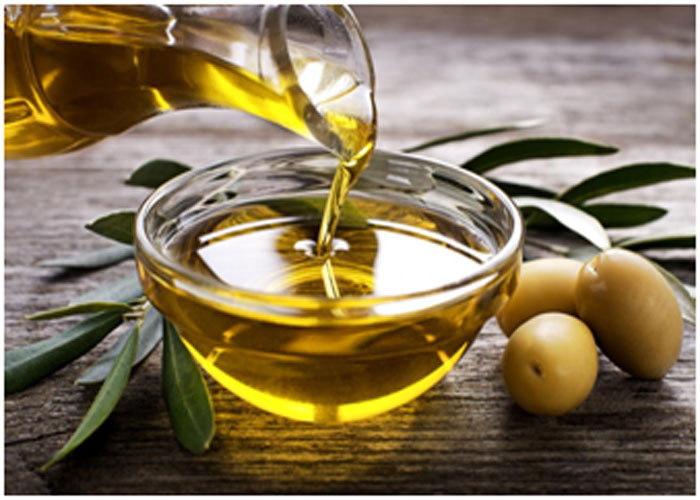 Olive Oil For Making Your Hair Smooth And Nourished