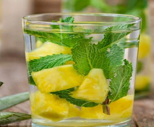 Pineapple & Mint Infused Water