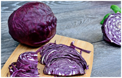 Red cabbage contains antioxidants that slows down the aging process