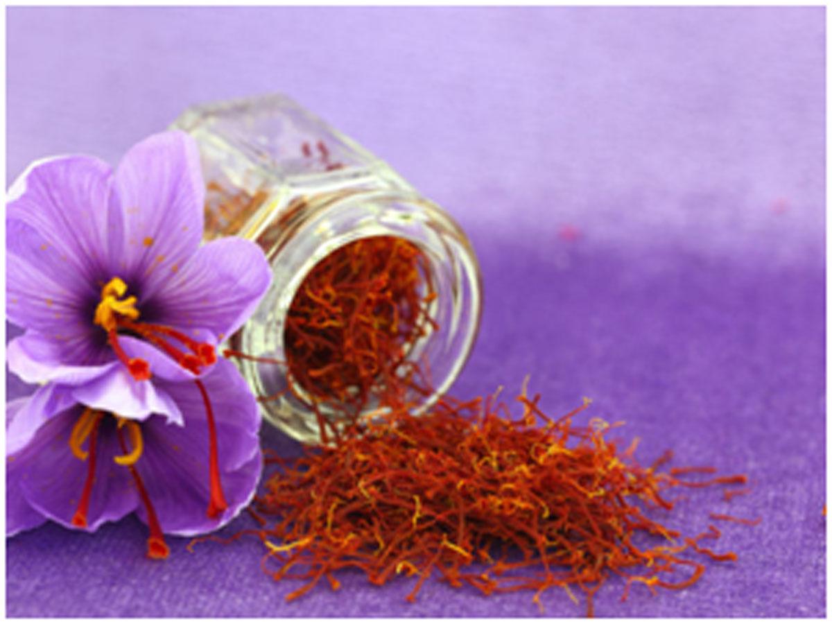 Homemade Saffron Packs