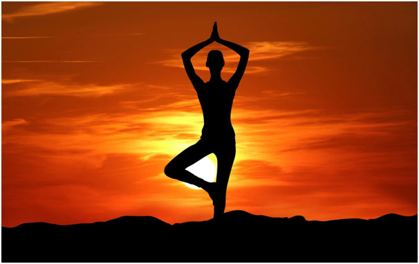 Try Yoga To Detox Body After Diwali