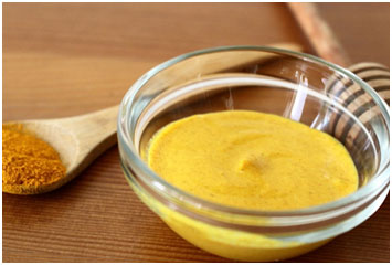 Turmeric has bleaching properties that keeps the skin light and brings the glow