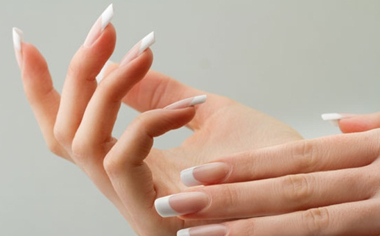 Natural Easy Ways to Whiten Underneath Nails